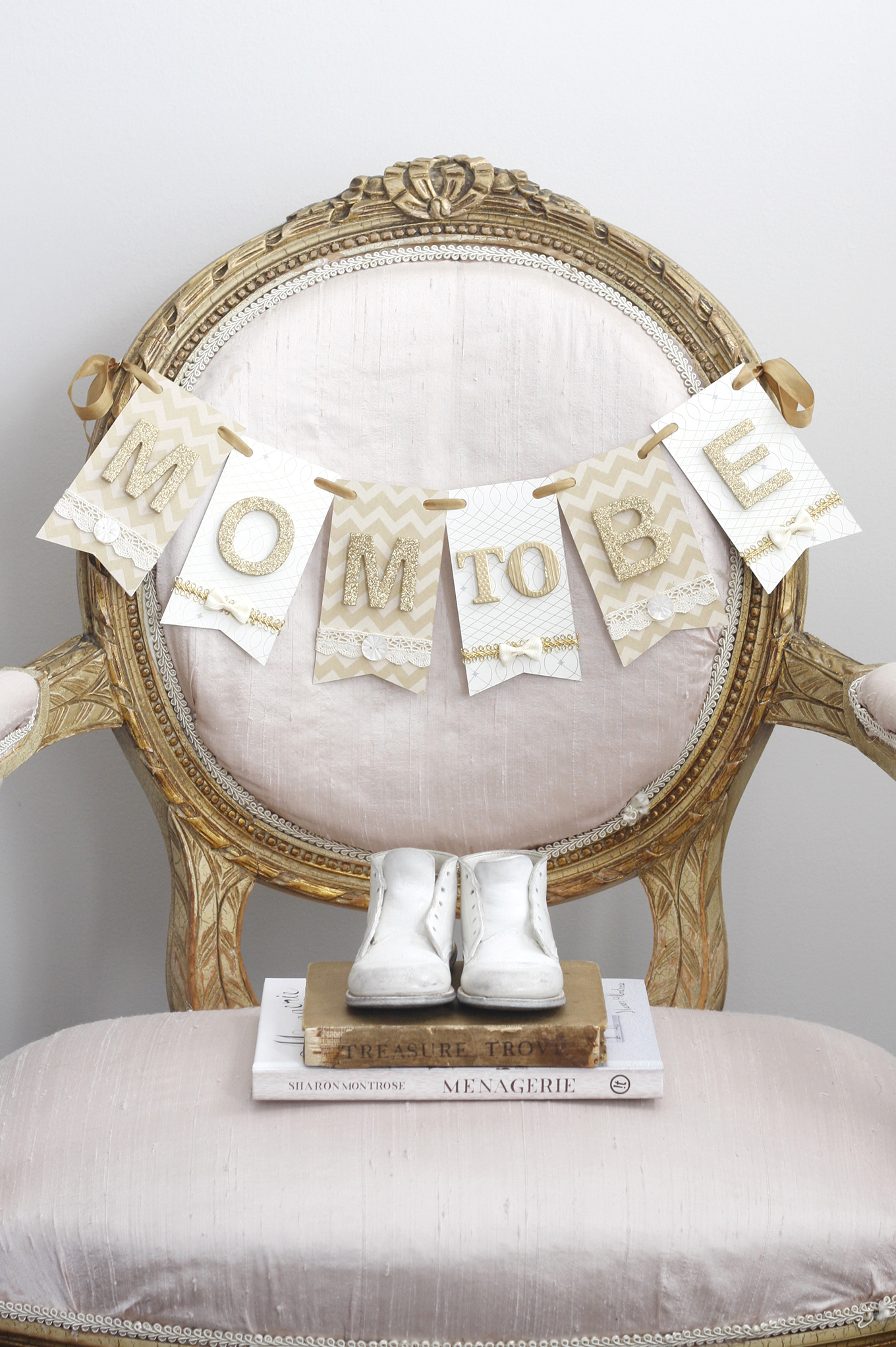 mom to be chair banner d cor for baby shower paige smith