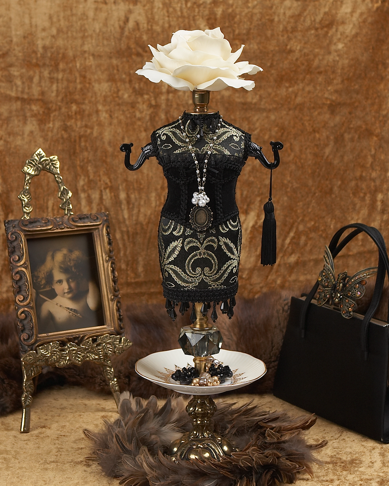 Jewelery holder figurine in black outfit